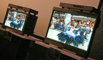 """Sony представила 20,5 """" OLED мониторы"""